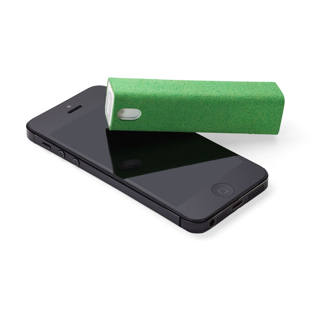 Touchscreen Mist Cleaner in color Green
