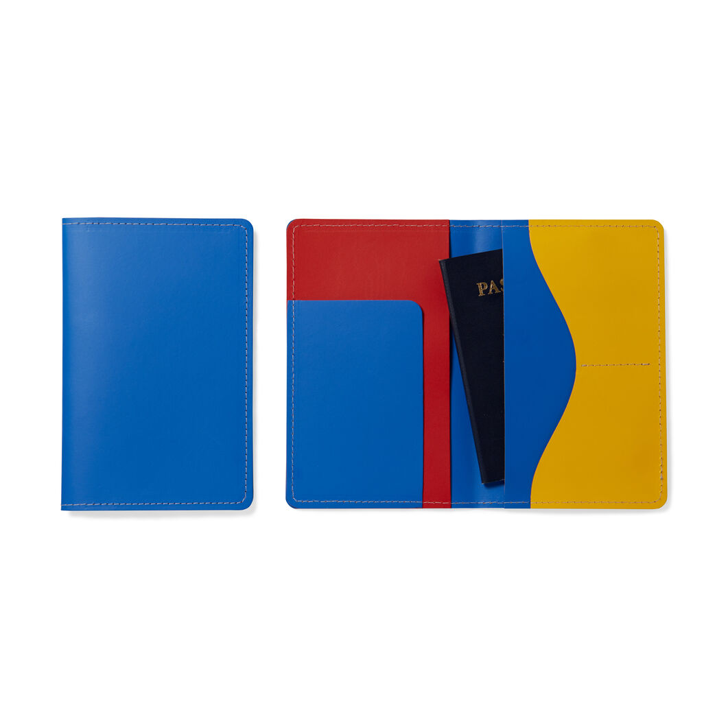 Primary Passport Case in color Blue/ Red