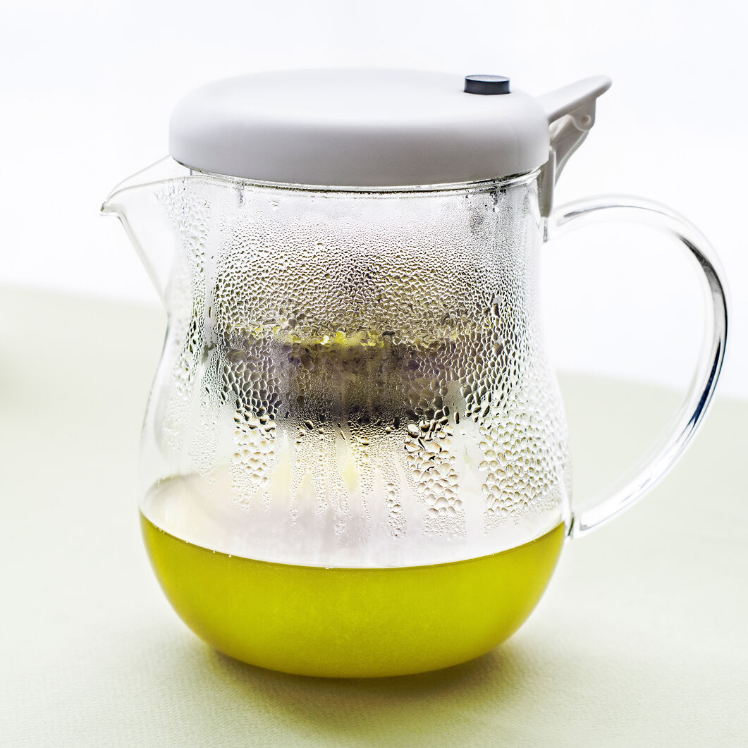 T-Push Teapot in color