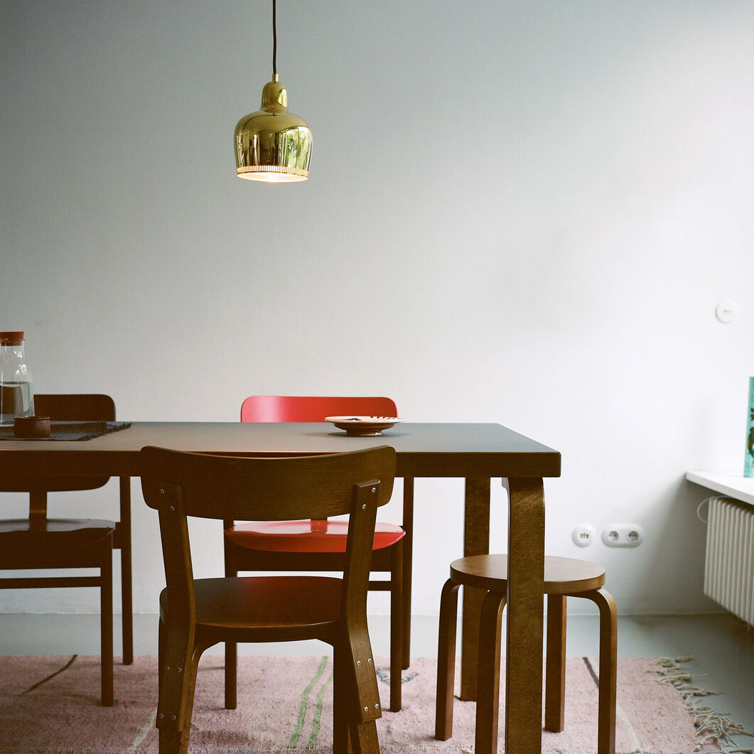 Artek Aalto Golden Bell A330S Pendant Light in color Brass