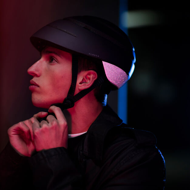 Closca Reflective Collapsible Helmet in color