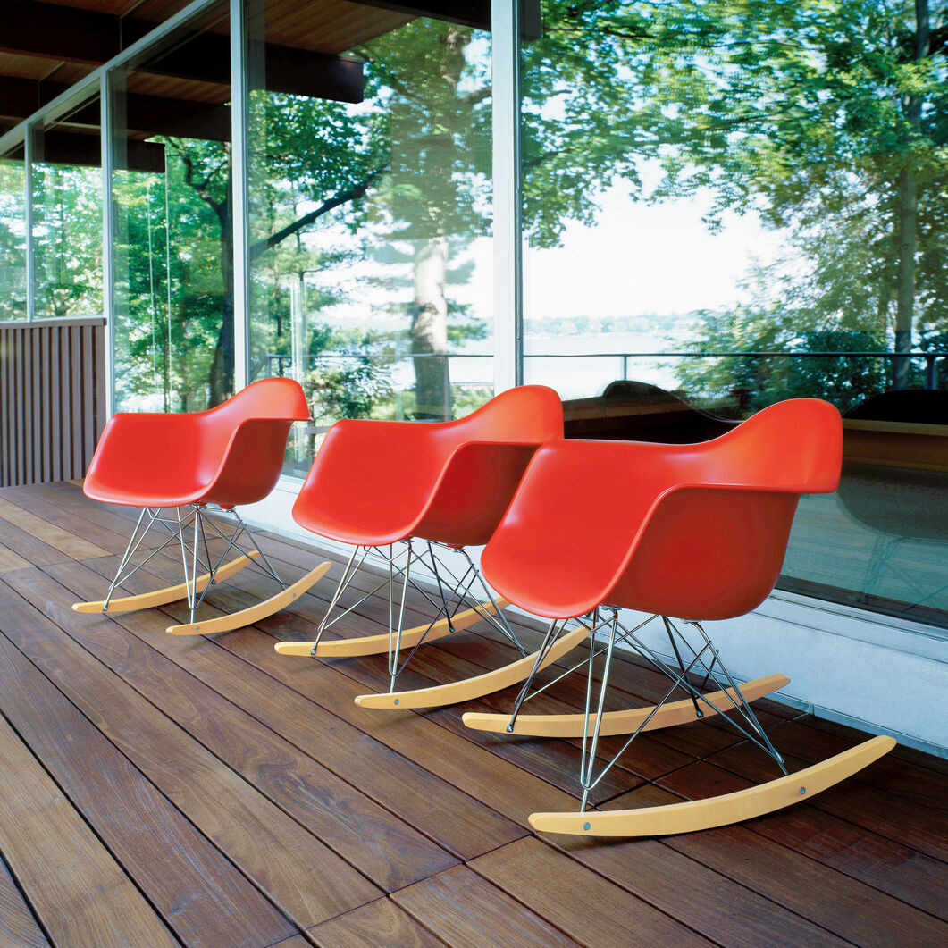 Eames® Molded Plastic Armchair Rocker (RAR) in color Red