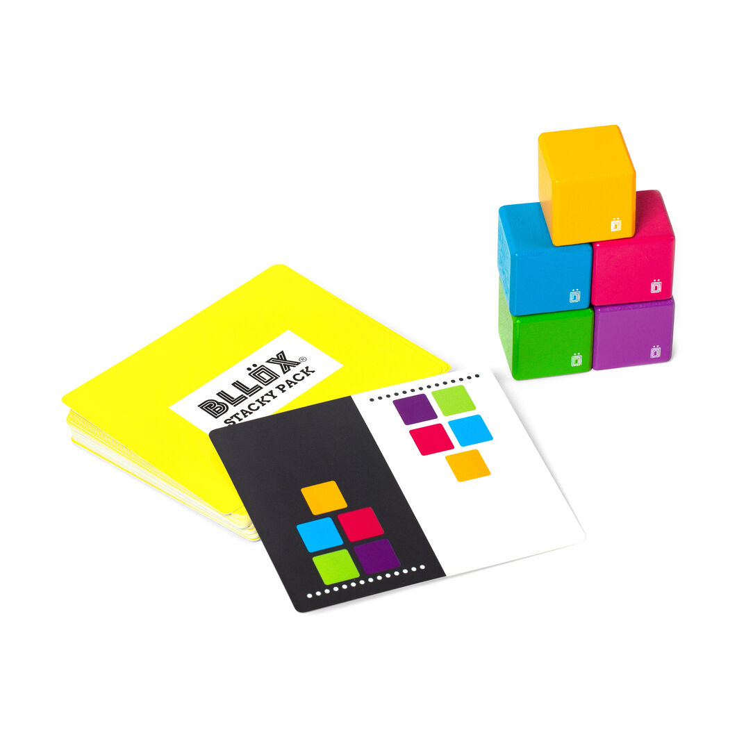 Bllöx Stacking Game in color