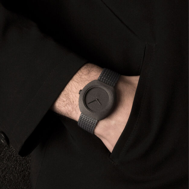 3D-Printed Step Watch in Carbon in color
