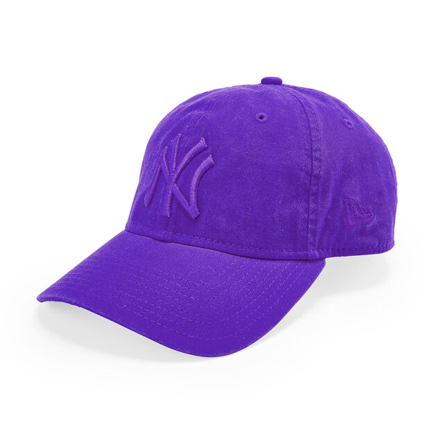 NY Yankees Pride Hats in color Purple