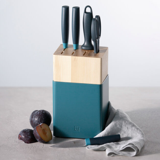 Zwilling Knife Block with Sharpener - Set of 5 in color Blueberry Blue