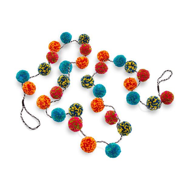 Pompom Holiday Garland in color