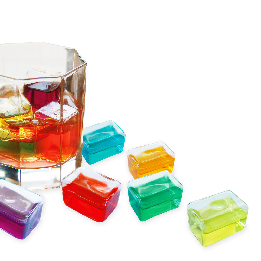Freeze It! Drink Cubes in color