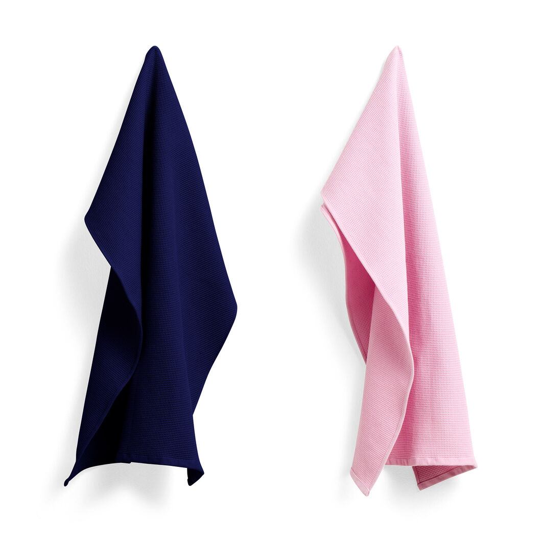 HAY Waffle Tea Towel Set in color Cool Rose/Midnight Blue