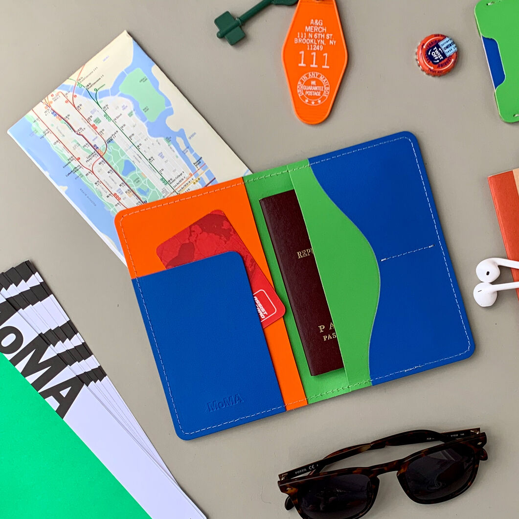 Primary Recycled Leather Passport Case in color Green/ Blue