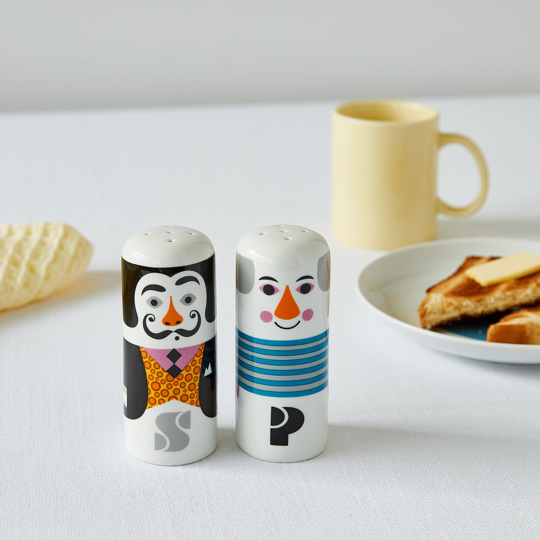 Salvador Dalí and Pablo Picasso Salt & Pepper Shakers in color