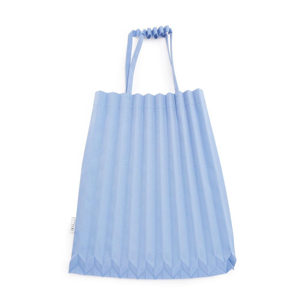 me ISSEY MIYAKE Trunk Pleats Bag in color Lavender