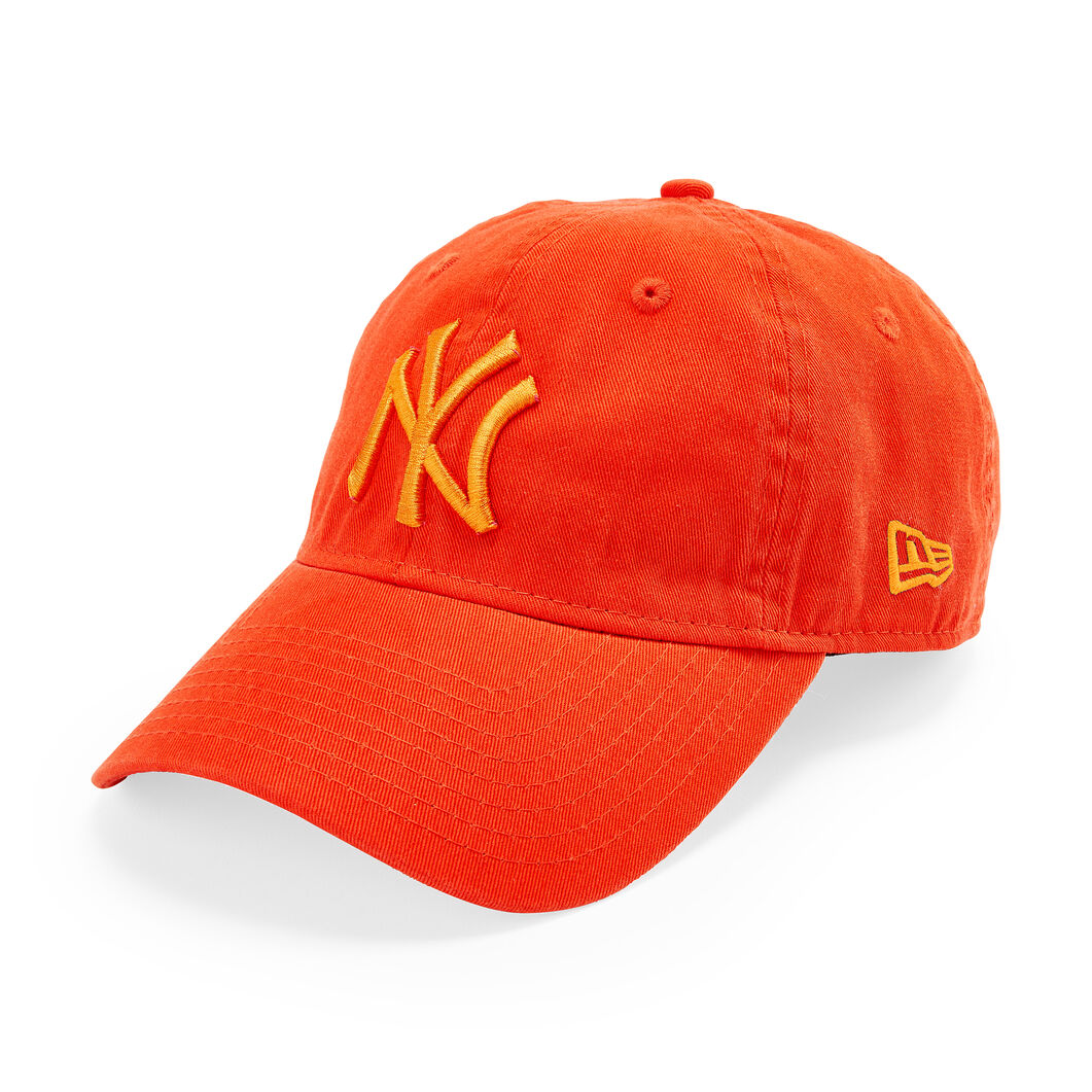 NY Yankees Pride Hat in color Orange
