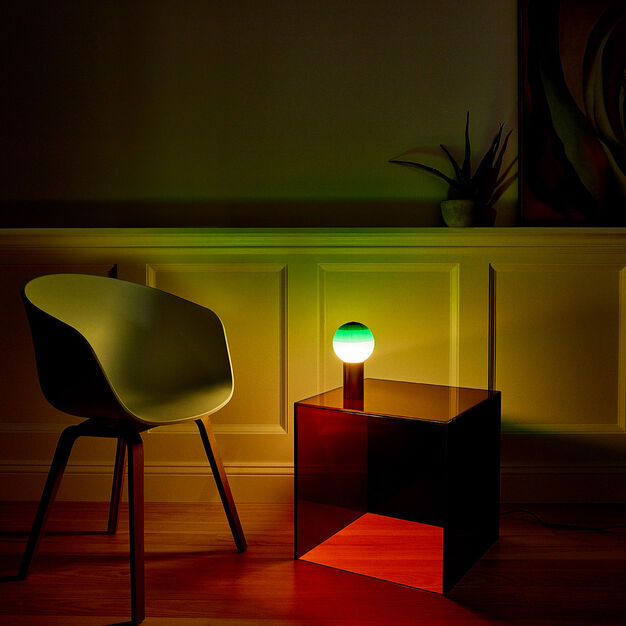 Dipping Table Lamp in color Green