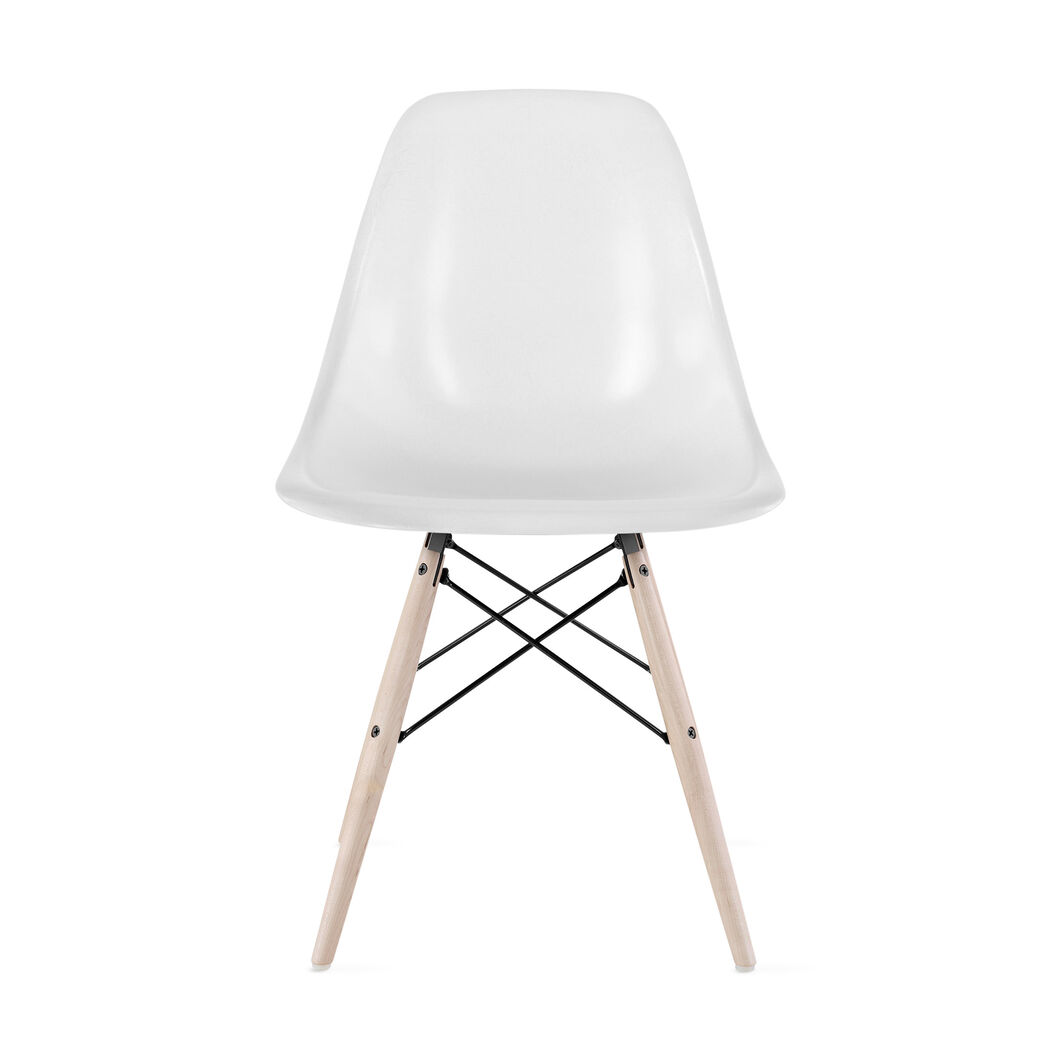 Eames® Molded Fiberglass Side Chair from Herman Miller© in color Parchment