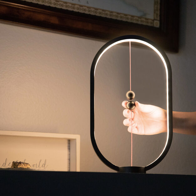Heng Balance Lamp in color Black