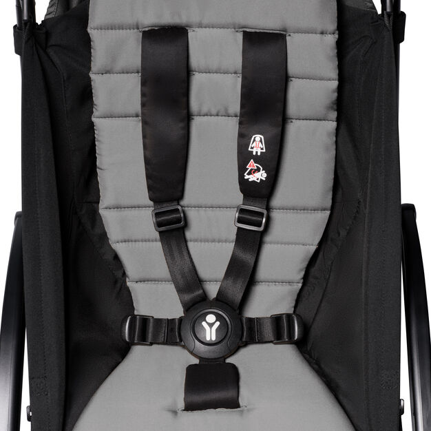 """<div>Babyzen™ <span style=""""font-weight: 400;"""">YOYO<sup><span style=""""font-weight: 400;"""">2</span></sup></span> 6+ Complete Stroller</div> in color Gray/ Black"""