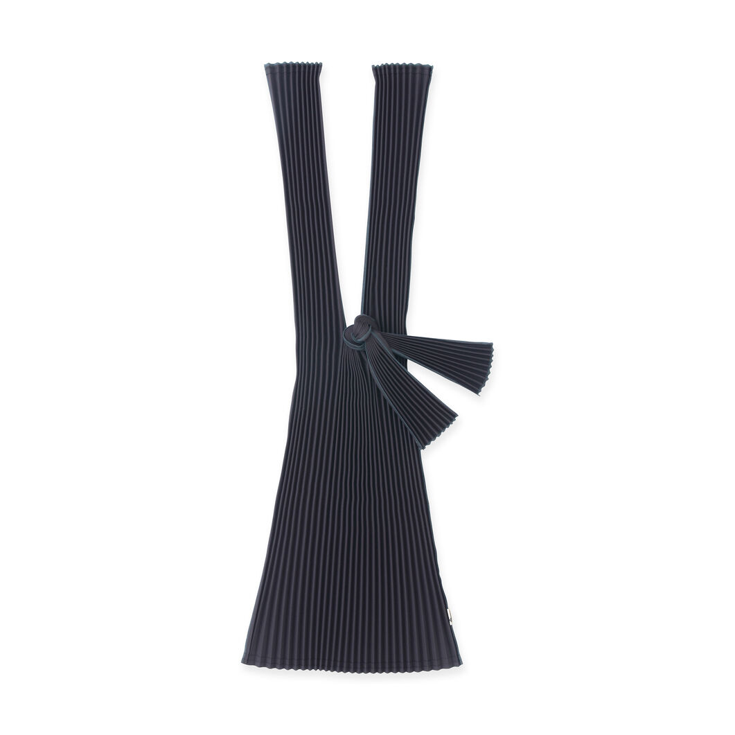 Japanese Pleated Tote in color Black