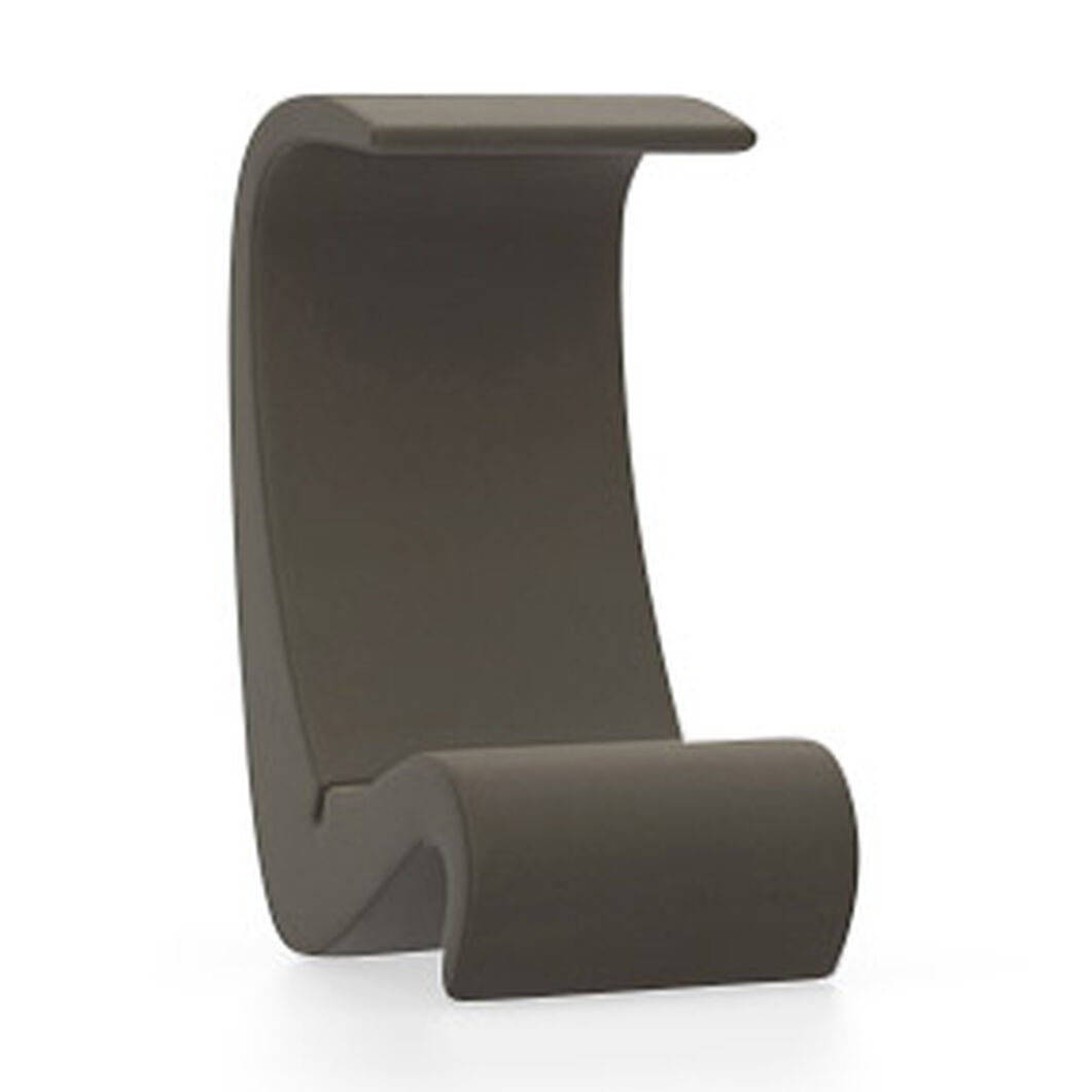 Amoebe Highback Chair in color Brown