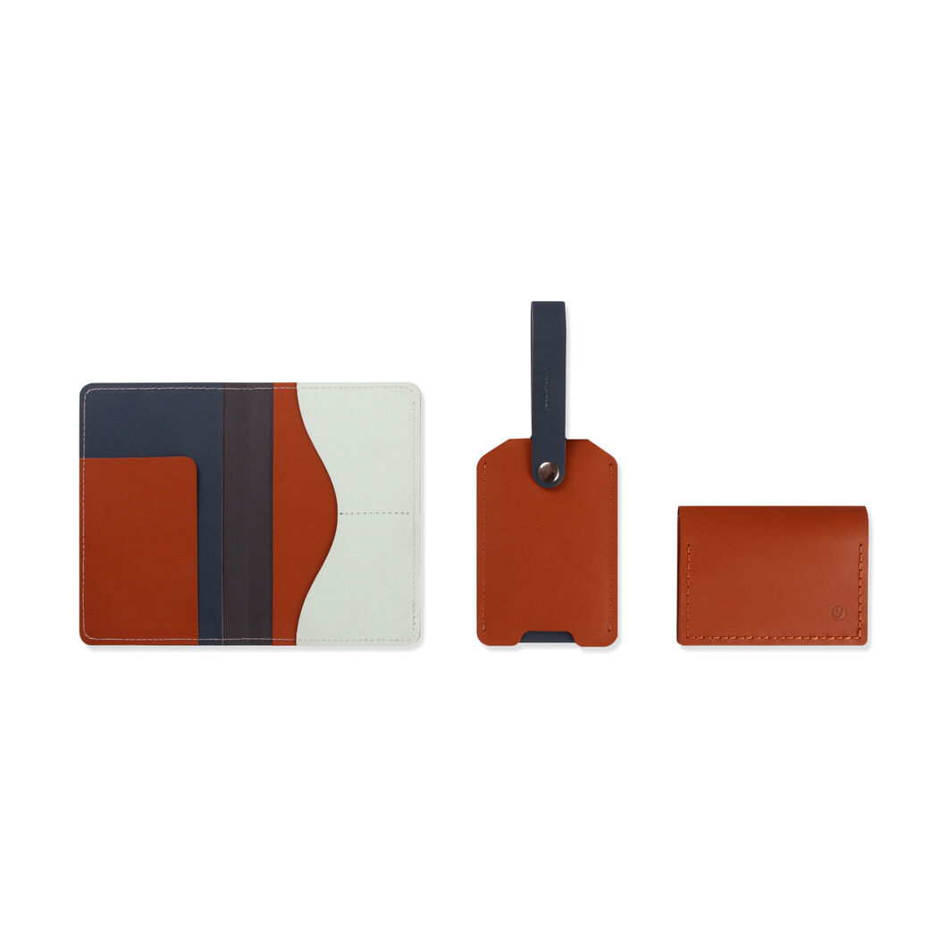 Primary Recycled Leather Luggage Tag in color NEUTRAL