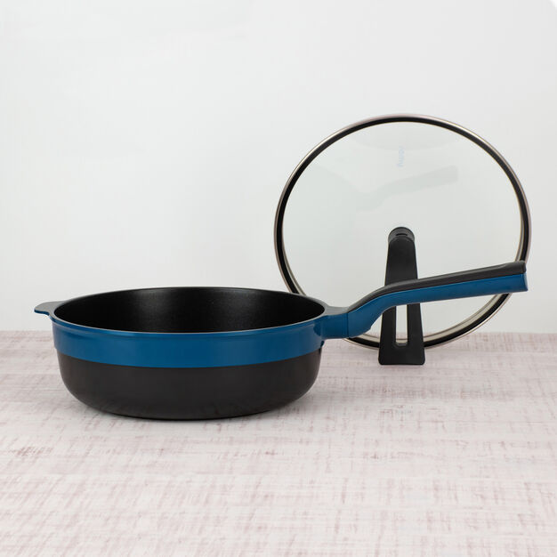 Remy Pan Plus with Lid in color Navy