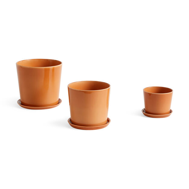 HAY Botanical Plant Pot in color Caramel