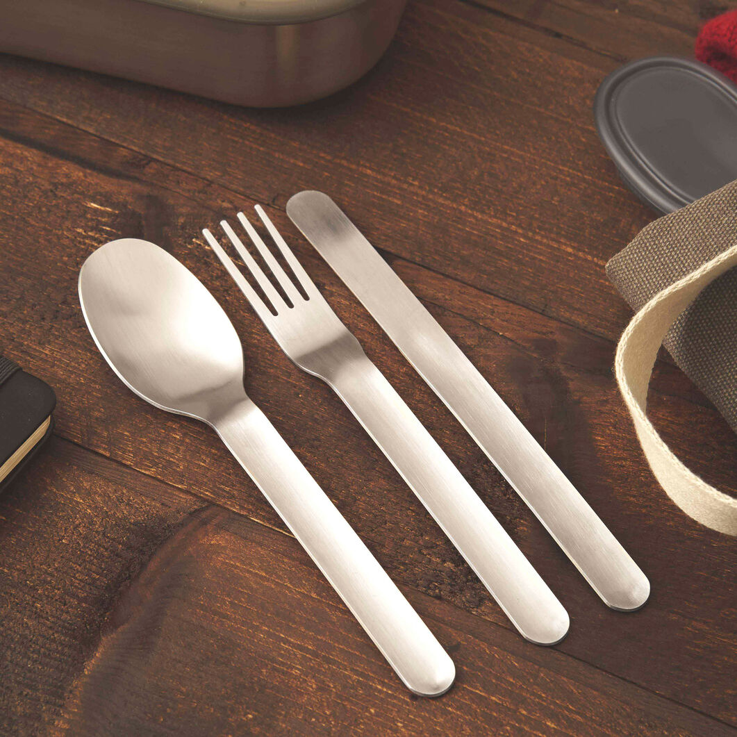 Travel Flatware with Case - Set of 3 in color