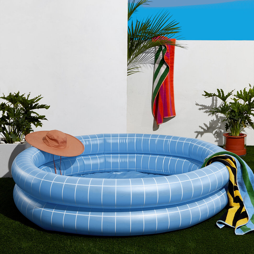 Modern Inflatable Pool in color