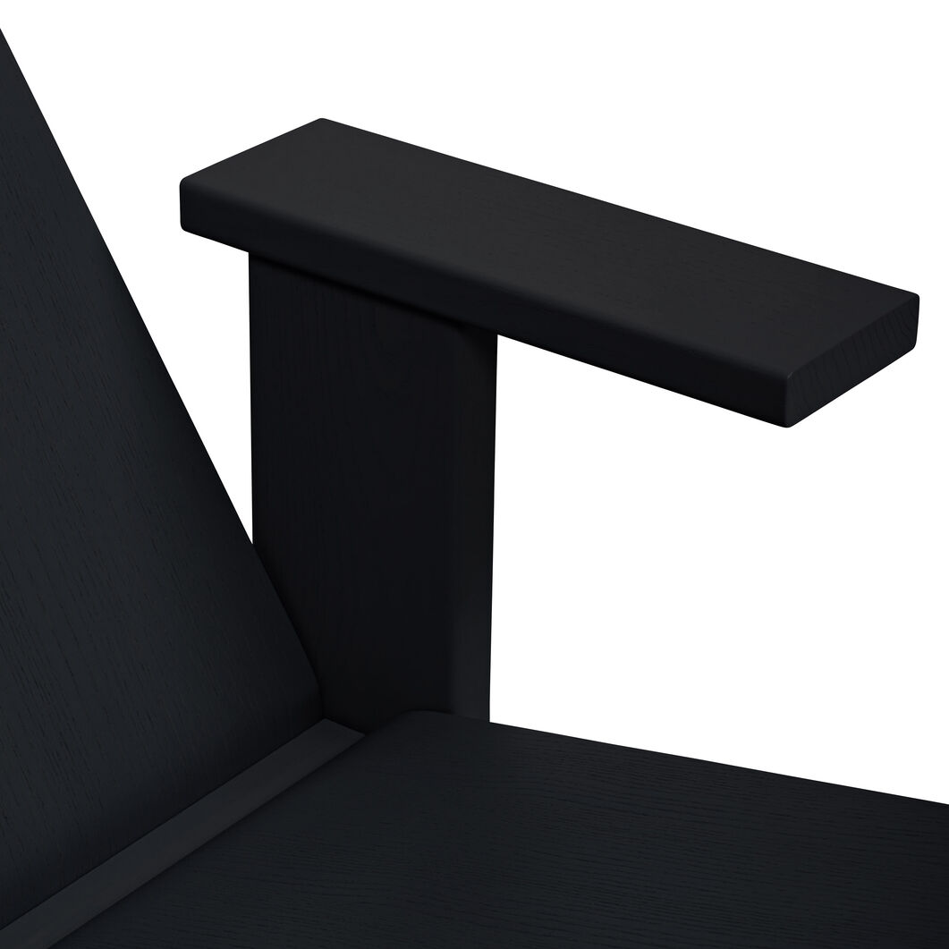 Quindici Lounge Chair in color Black/ Wood