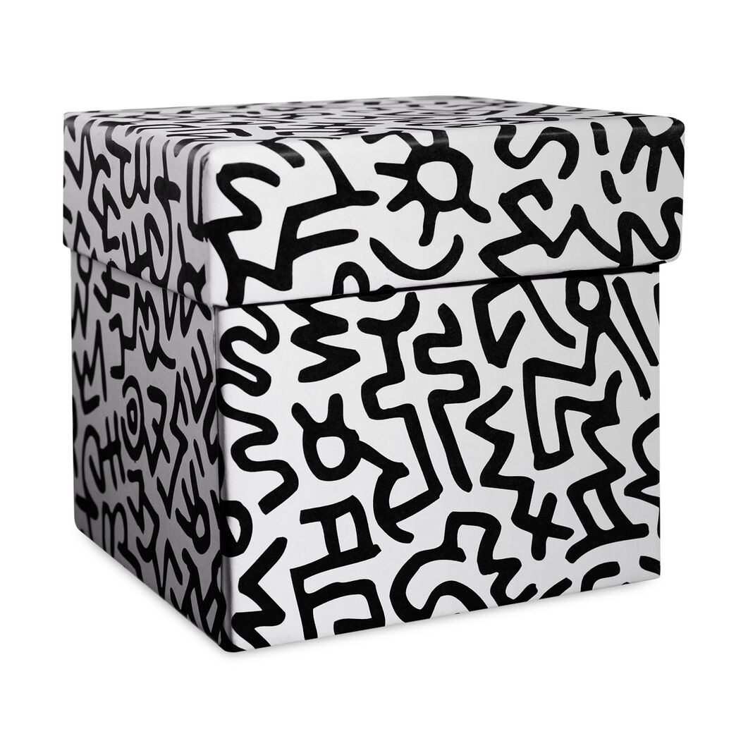 Keith Haring Red Heart Scented Candle in color