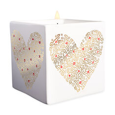 Keith Haring Gold Pattern Heart Scented Candle in color