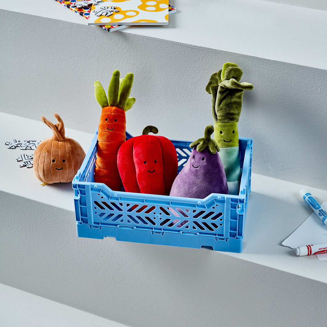 Plush Vivacious Vegetables in color Bell Pepper