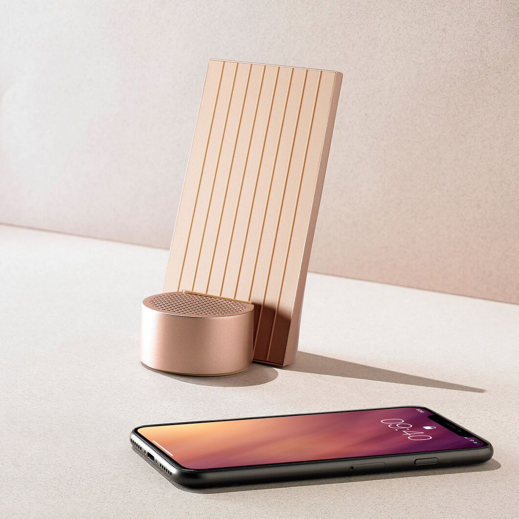 Lexon City Energy Wireless Phone Charger & Speaker in color Gold
