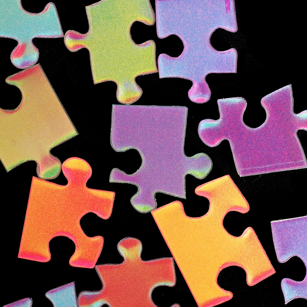 Color-Changing Puzzle in color