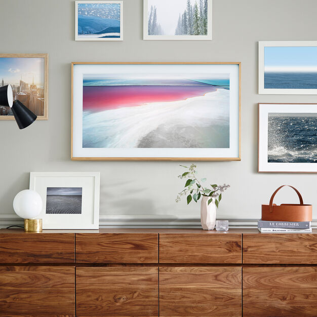 "Samsung The Frame TV - 55"" Screen in color"