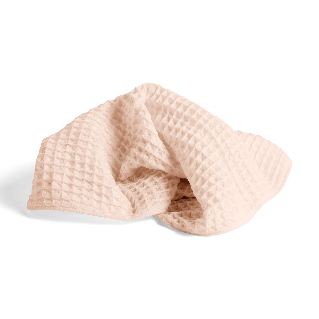 HAY Giant Waffle Guest Towel in color Peach