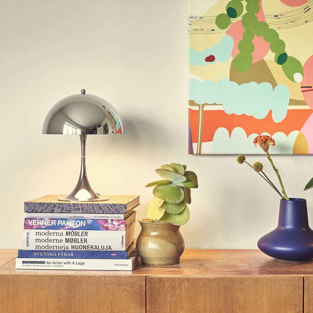 Panthella Mini Table Lamp in color Chrome