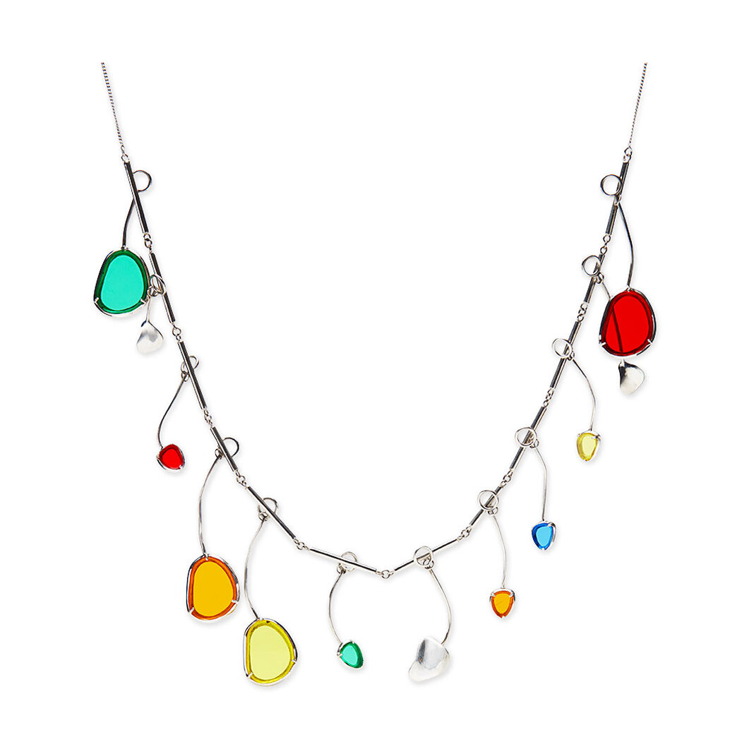 Movement of Light Necklace in color