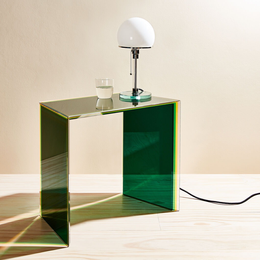 Bisel Glass Side Table in color