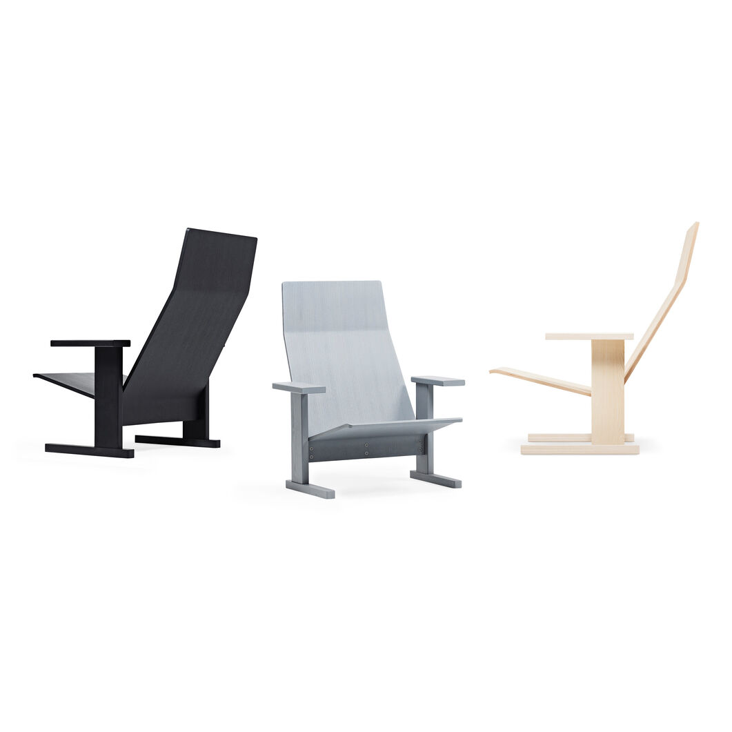Quindici Lounge Chair in color Natural Ash