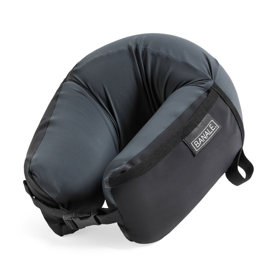 Omni Travel Pillow in color