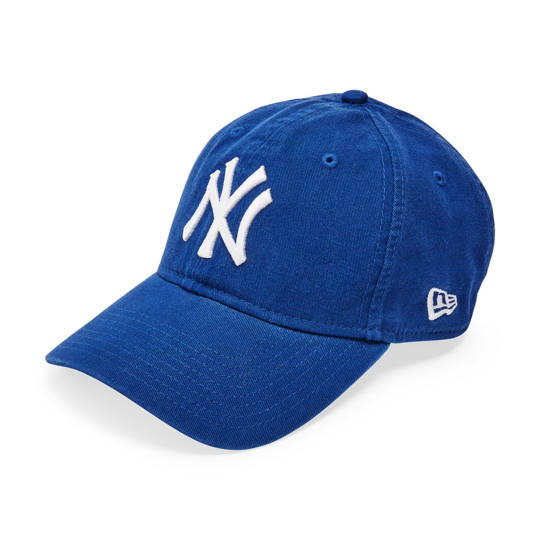 NY Yankees Cap in color Bright Royal