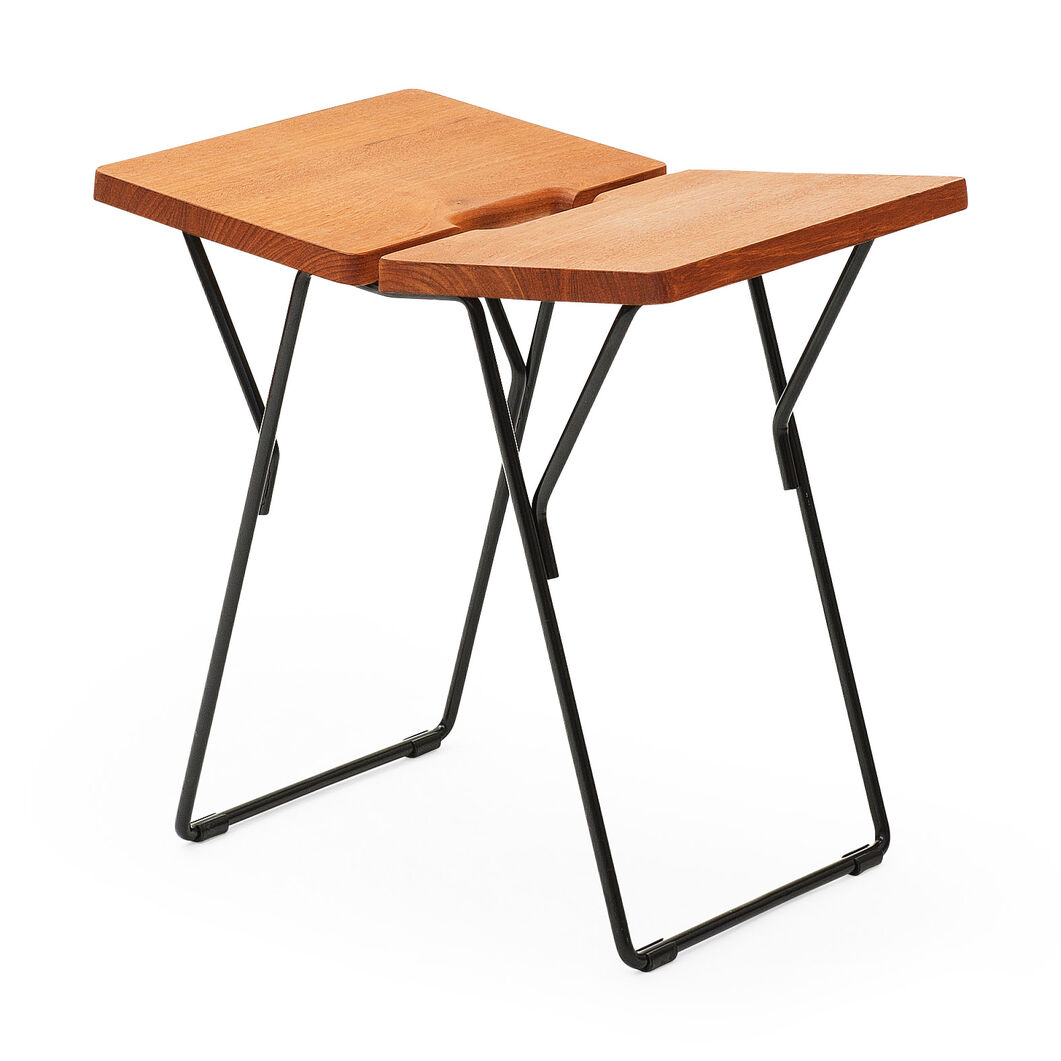 Solid Stool in color