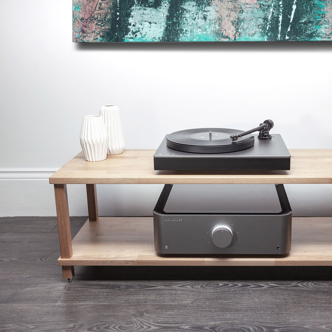 Cambridge Alva TT Turntable in color