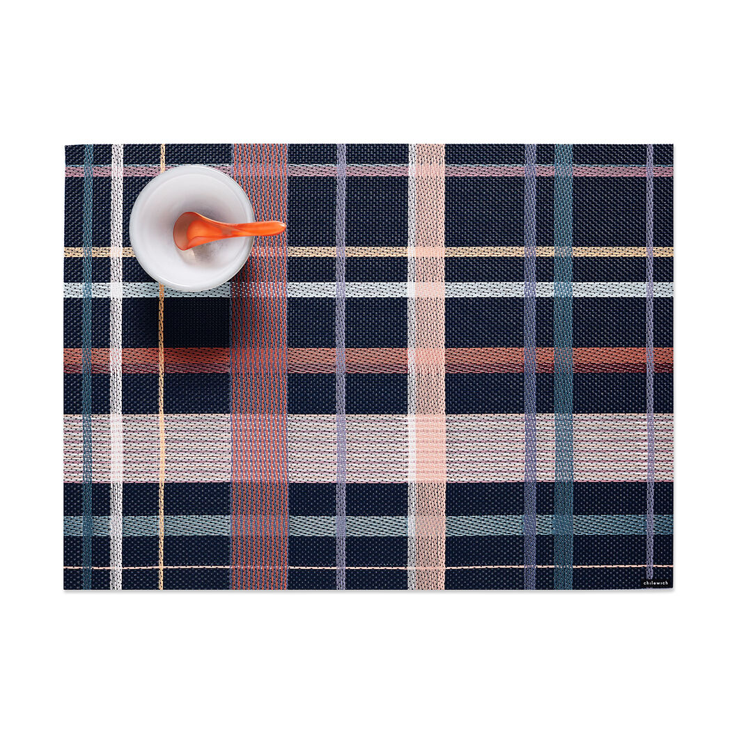 Chilewich Tango Placemat in color Dusk