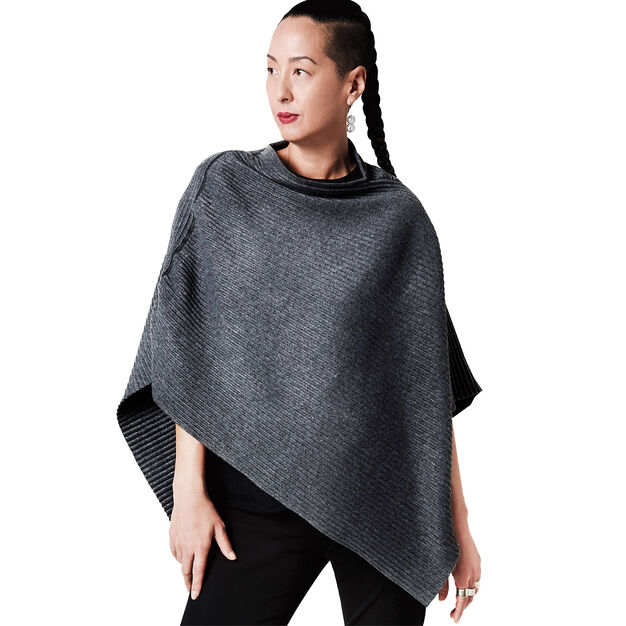 Fleece Poncho in color Grey