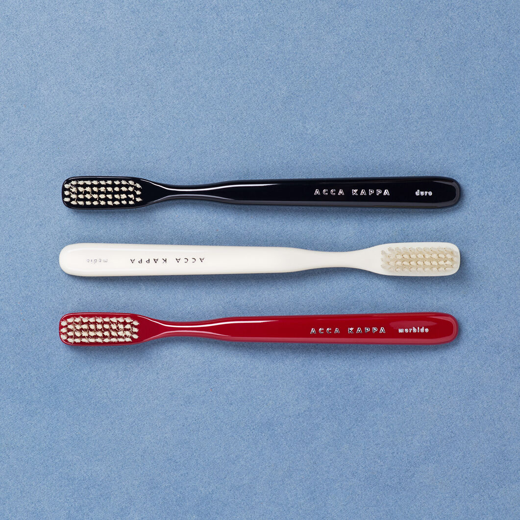 Acca Kappa Toothbrush in color