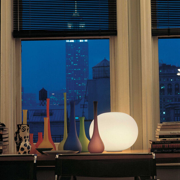 Glo-Ball Basic Table Lamp Basic 1 in color White