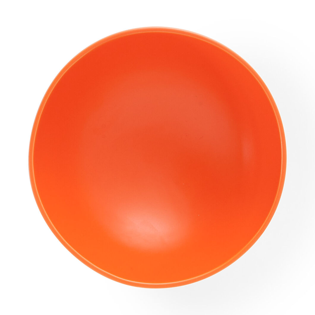 Raawii Strøm Bowl in color Vibrant Orange