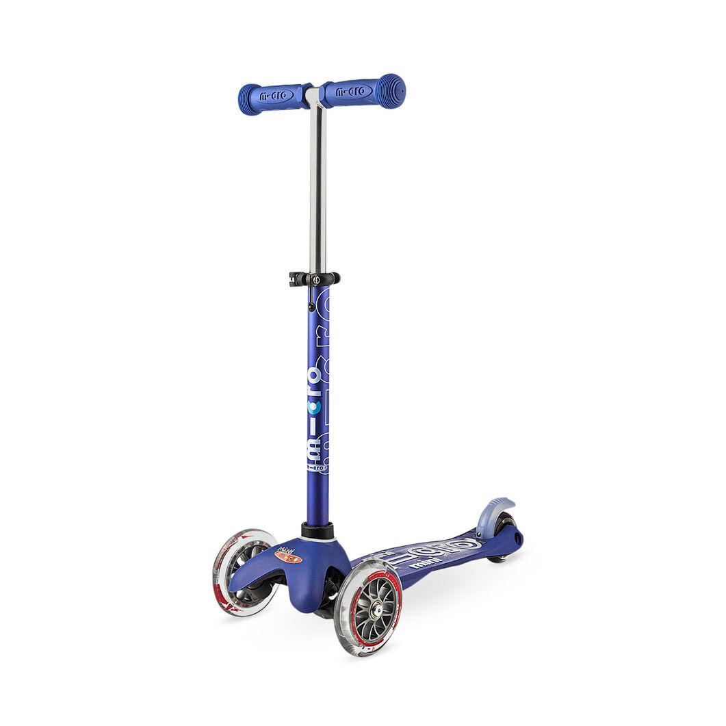 Deluxe Mini Scooter - Blue in color Blue